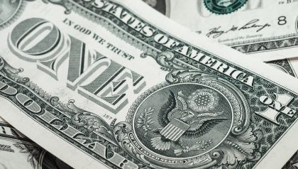 Dalio: Dollar as Reserve Currency Threatened