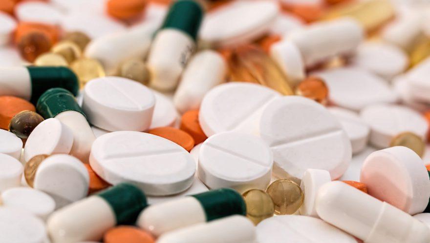 "Berkshire Hathaway Reveals Stakes in ""Big Pharma"" Stocks"