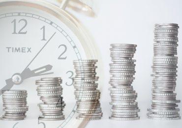 Bond Maven Dan Fuss Steps Off Fund after 30 Years